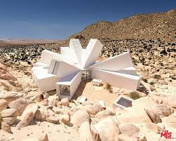 104 Mojave Desert Homes Starburst House Is No Mirage It S Ready To Bloom In The
