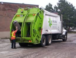 Garbage Trucks: Garbage Trucks Recycling