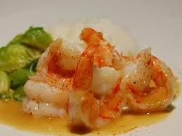 cuisiner avec du gingembre crevettes sautées servies avec une émulsion de gingembre recette