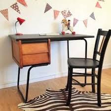le bureau vintage bureau enfant pupitre ecolier vintage mid century schoolboy desk