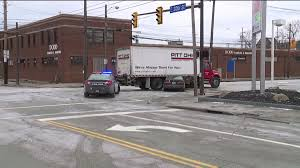 100 Two Men And A Truck Cleveland Man Critically Hurt When Car Is Wedged Beneath Truck Near