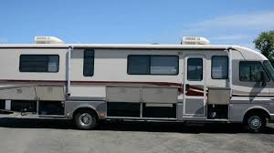 1994 Deluxe Pace Arrow 35 Ft Class A Motorhome