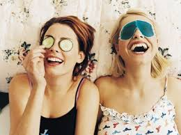 Movie Marathon Get Out All Your Chick Flick DVDs Because Girls Night In Is The Perfect Time To Satisfy Fluffy Light Hearted Romance Cravings
