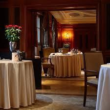 restaurant lorenz adlon esszimmer berlin creme guides
