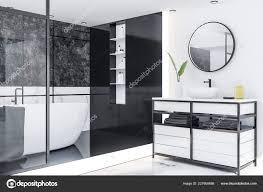 nahaufnahme des luxus badezimmer mit weißen marmor wände und