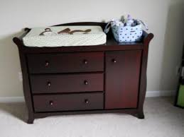 Storkcraft Dresser And Hutch by Storkcraft Aspen Changing Table Bookshelf U2014 Thebangups Table
