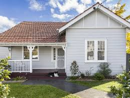 100 Preston House House Brings 1918 Period Detail Into Modern Era Realestate