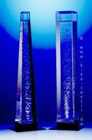 gmbh zeigt molla wassersäulen und vasen