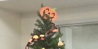 Kmart Halloween Decorations 2014 by Apparently Christmas Started In October And Nobody Got The Memo