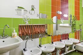 aménager un lavabo à hauteur d enfant avantages et inconvénients