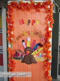 Kindergarten Thanksgiving Door Decorations by 25 Best Door Decorations Images On Pinterest Aisle Decorations
