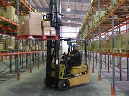 Training For Powered Industrial Trucks Forklift Traing Cerfication Course Terminal Tractor Scissor Lift In Ohio Towlift Or Powered Industrial Truck Safety Video Youtube Certificate Operational Toyota Forklifts Material Handling Kansas City Mo Usa Vehicles Scorm Store Rg Rources Business Catalogue Forkliftpowered Aerial Work Platform Wikipedia