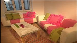 deko tipps retro wohnzimmer innendekoration in rosa
