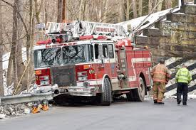 100 Fire Truck Accident Fighter Injured In Fire Truck Accident Dailyamericancom