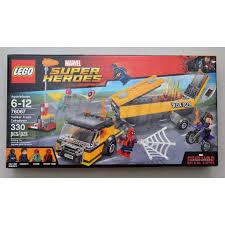 100 Lego Tanker Truck Marvel Super Heroes Takedown Big Boy Collectibles