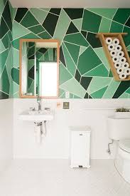 Beautiful Colors For Bathroom Walls by Best 25 Modern Bathroom Paint Ideas On Pinterest Natural