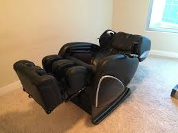Cozzia Massage Chair 16027 by Massage Chairs