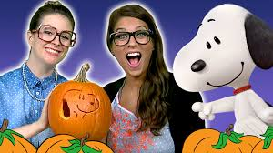 Funny Pumpkin Carvings Youtube by Ms Booksy U0027s Favorite Dog U0026 Snoopy Pumpkin Carving With Crafty