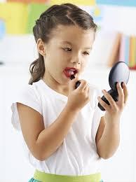 maquillage à quel âge commencer momes net