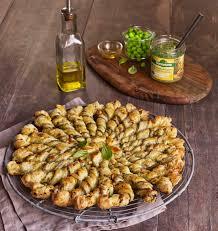 cuisiner le basilic tarte soleil tartinade légumes petit pois basilic bonneterre les