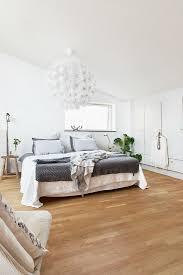 schlafzimmer unter dem dach im bild kaufen 11315144