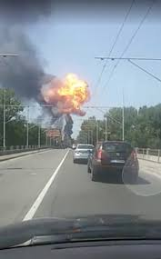 Fireball Near Bologna Airport After Road Crash Explosion | Latest ... Craigslist Isuzu Npr Tri Axle Dump Trucks For Sale By Posts Powernation Blog Archives Page 20 Of 70 Legearyfinds Sema 2016 Extreme Suvs Autonxt Three Police Detaing Trucks Explode Into A Fireball Off Al Galaa Karoo 110 4wd Rtr Brushed Desert Truck Vetta Racing Vtac01002 Semi Crash Covers Road With Fireball Whisky Wcco Cbs Minnesota Speed Society The Silverado Featuring 416ci Facebook Special Edition Chevrolet An Air Canada Dc8 Burns At Toronto Intertional Airport Last Night