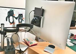 Imac Vesa Desk Mount by Anyone Using Recent Imac In Oem Vesa Mounted Configuration Ars