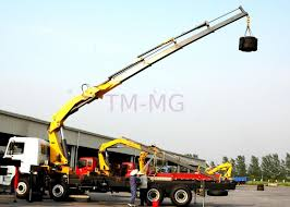 100 Truck Mounted Cranes High Lifting Capacity 14T Knuckle Boom Crane For
