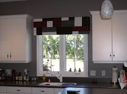 Kitchen Curtain Ideas For Bay Window by Furniture Cute Bay Window Ideas Bay Window Curtain Ideas For