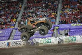 100 Monster Trucks Indianapolis Jam Purse Rules Jaguar Clubs Of North