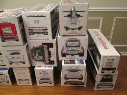 100 Hess Trucks 2013 27 Toy Cars 1988 Toy Truck Bank 1863003292