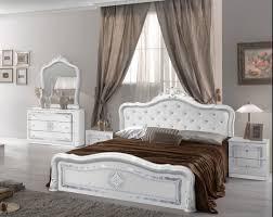 kommode lucia mit spiegel in weiß silber für das schlafzimmer
