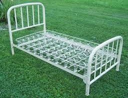 Gorgeous Vintage Metal Twin Bed Frame Antique Iron Bed Frames For