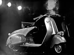 Vespa Wallpaper Retro