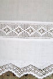 le monde de catalogue brise bise blanc brodé tradition