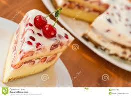 dessert aux fruits d ete gâteau avec le fruit d été photo stock image du gelée 31524166
