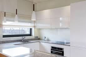 hochglanz küche reinigen hochglanzfronten richtig putzen