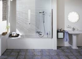 Badewanne Mit Dusche Ideen Zur Badrenovierung Aus Alt Mach Modern