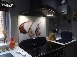 tableau en verre pour cuisine tableau en verre pour cuisine boite sel murale en verre et bois