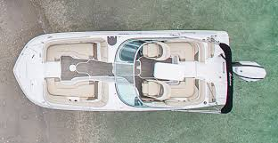 Hurricane Fun Deck 201 by 2015 Hurricane Sundeck 217 5465