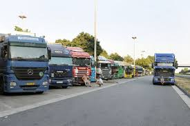100 Truck Drivers For Hire Germany Wants More Bloomberg