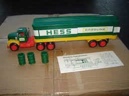 Vintage Hess Toy Truck W/Box Early Model 75 / 76 ? | #1733867863