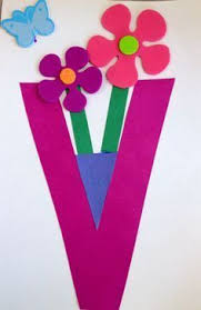 Itty Bitty Craft V is for Vase craft originally inspired by The