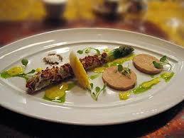 cuisiner un foie gras cru choisir foie gras entier mi cuit au torchon bloc ou cru