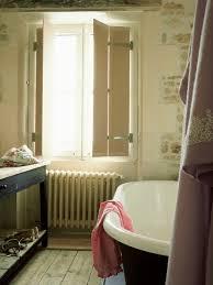 rustikales badezimmer mit antiker bild kaufen 348734