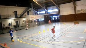 technique de foot en salle football u11 circuit technique en salle avec ballon rudy