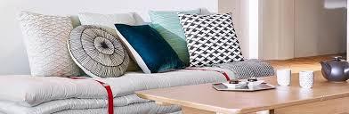 lit transformé en canapé empiler des matelas déco pour un canapé d appoint le déco de mlc