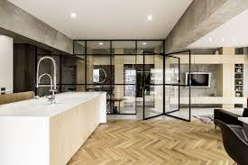 location chambre meubl馥 revolving door glass walls and diverse textures reved condo