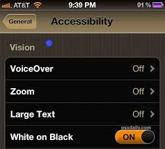 How to Invert the iPad or iPhone Screen to Make Reading at Night