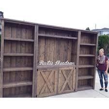 Amazing Rustic Planked Wood Barn Door Media Wall